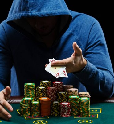 Why is Poker Online Highly Popular?